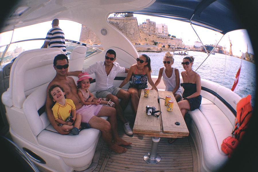 Lex, Theo, Eva, Steph, Yana, Charlotte and Anna